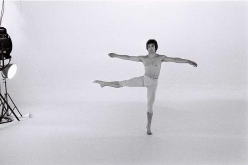 Noureev-le-ballet-que-le-Bolchoi-ne-voulait-pas-voir.jpg